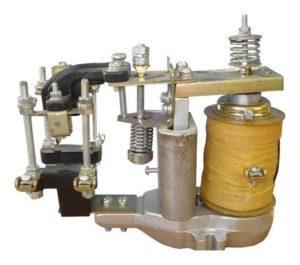 электроманитное реле
