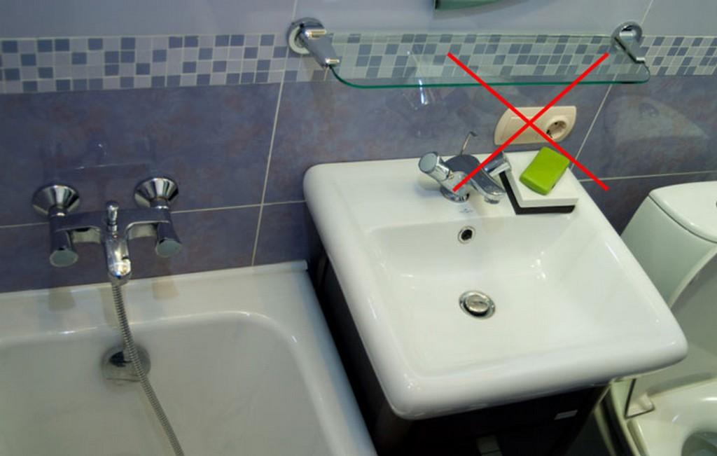 Где нельзя ставить розетки в ванной? Возле умывальника ставить нельзя
