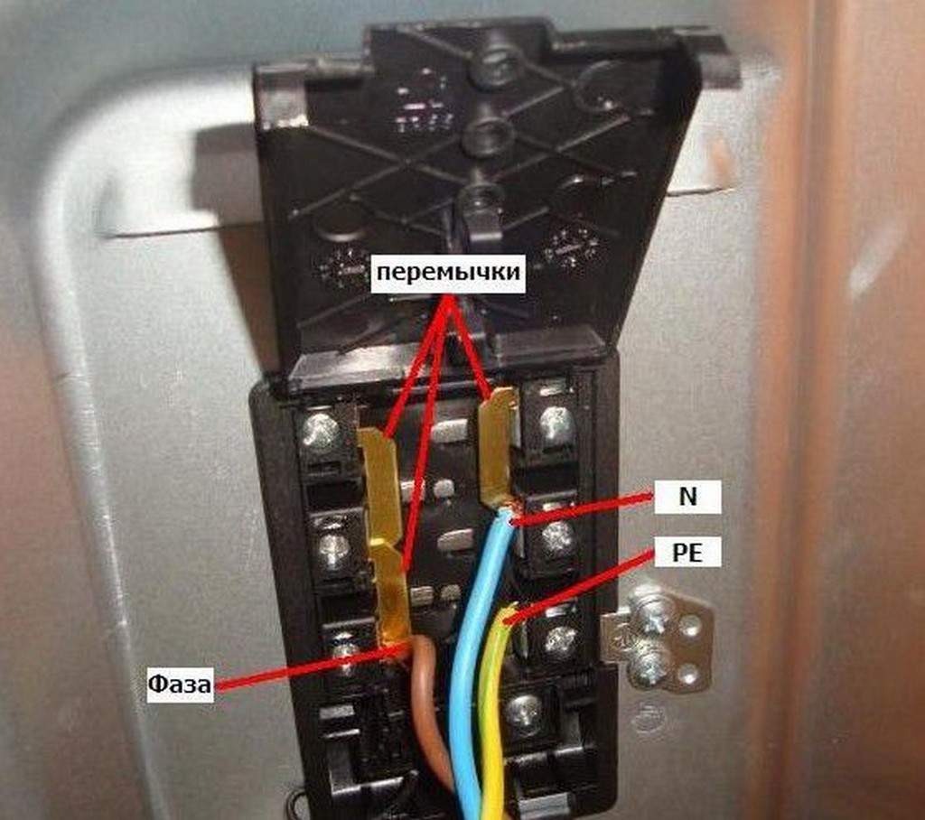 Однофазное подключение электроплиты (наиболее распространенное)